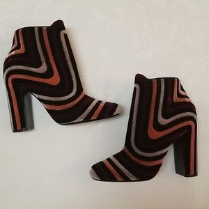 Wmns size 7M Ferragamo ankle boots